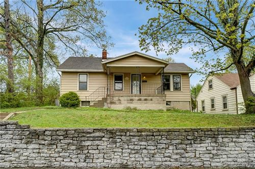 Photo of 1477 Southlyn Drive, Kettering, OH 45409 (MLS # 837537)