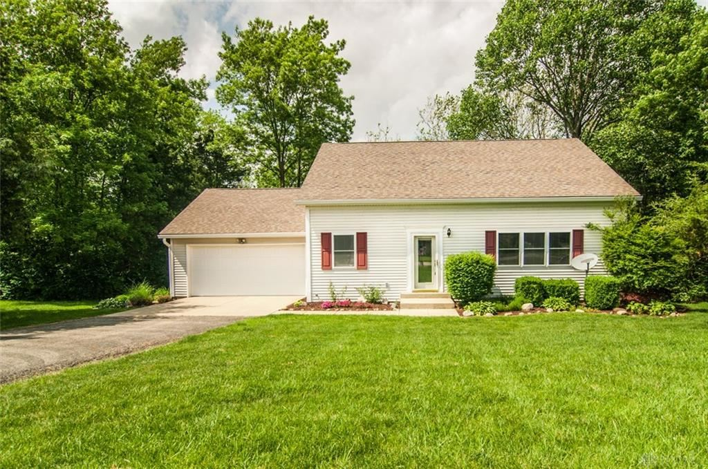 Photo for 793 Baltic Drive, Eaton, OH 45320 (MLS # 788543)