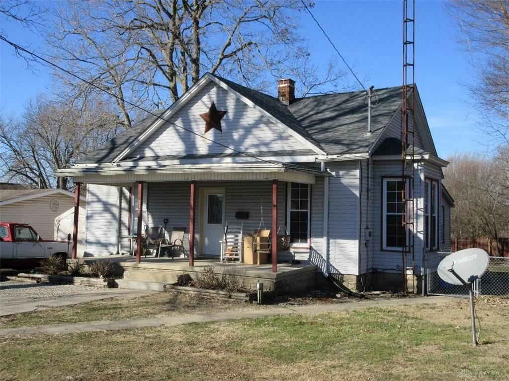 Photo for 212 Walnut Street, New Paris, OH 45347 (MLS # 810547)
