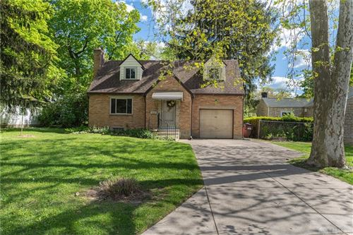 Photo of 704 Oakview Drive, Kettering, OH 45429 (MLS # 839548)