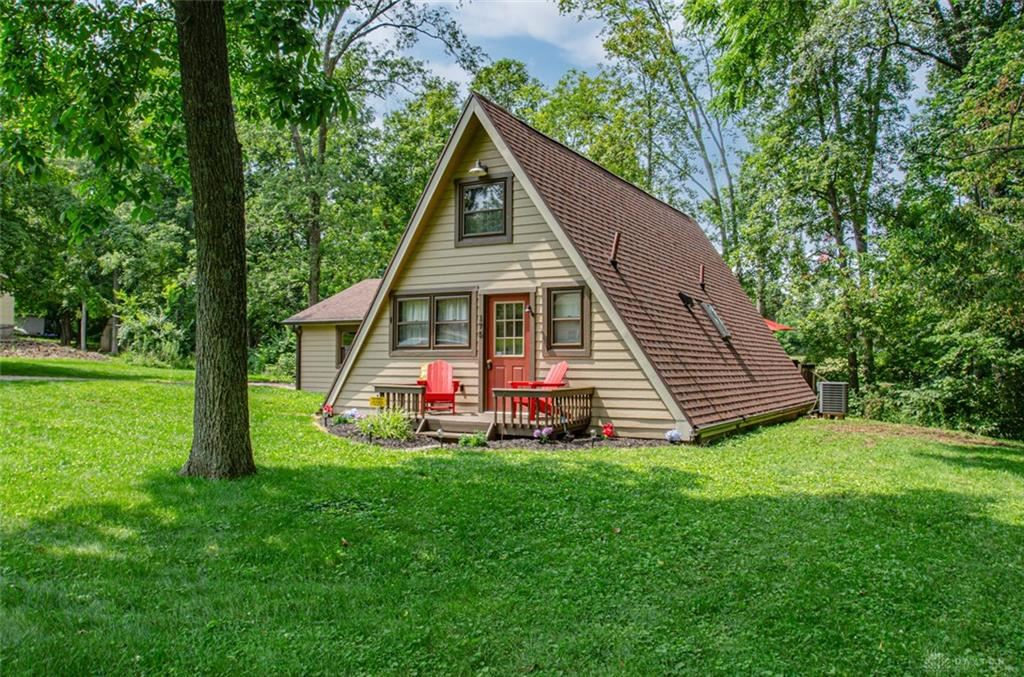 Photo for 175 Fiord Drive, Eaton, OH 45320 (MLS # 845591)