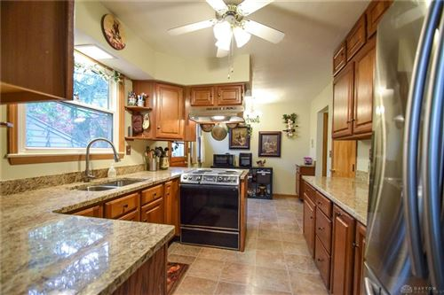Photo of 1301 Ridgeview Avenue, Kettering, OH 45409 (MLS # 805601)