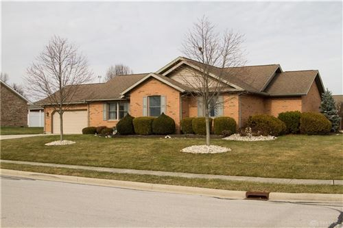 Photo of 922 Stratford Drive, Greenville, OH 45331 (MLS # 832604)