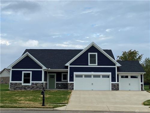 Photo of 102 Greenhaven Drive, Greenville, OH 45331 (MLS # 833613)