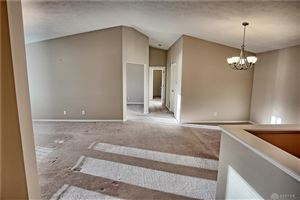 Photo of 1740 Piper Lane, Centerville, OH 45440 (MLS # 804649)