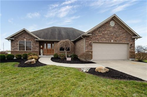 Photo of 107 Hickory Pointe Drive, Germantown, OH 45327 (MLS # 832658)