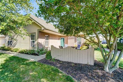 Photo of 52 Villa Pointe Drive, Springboro, OH 45066 (MLS # 845674)