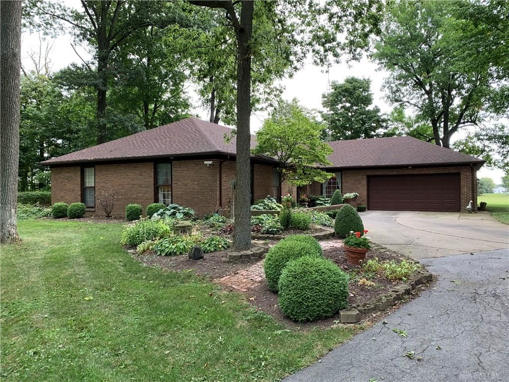 Photo for 6934 Childrens Home Bradford Road, Greenville, OH 45331 (MLS # 807693)