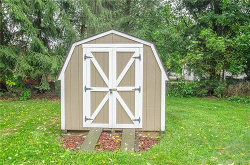 Tiny photo for 41 Long Drive, Eaton, OH 45320 (MLS # 849707)