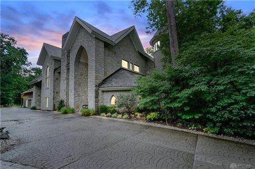 Photo of 1371 Rahn Road, Washington Township, OH 45459 (MLS # 844710)