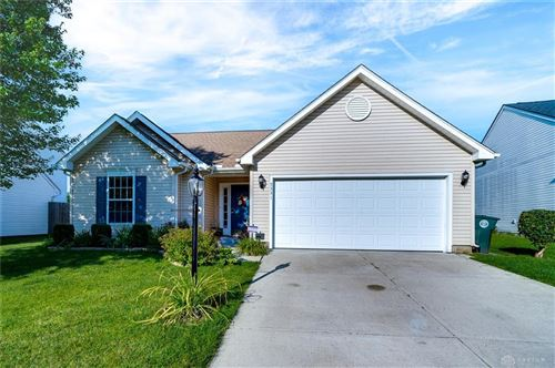 Photo of 5331 Wood Dale Drive, Dayton, OH 45414 (MLS # 845718)