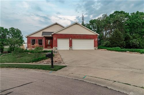 Photo of 1028 Woods View Court, Miamisburg, OH 45342 (MLS # 840731)