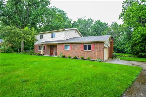 Photo of 530 Deauville Drive, Centerville, OH 45429 (MLS # 841739)
