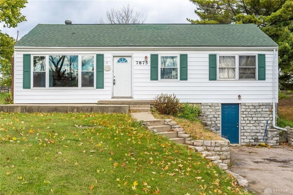 Photo for 7875 Chambersburg Road, Huber Heights, OH 45424 (MLS # 808741)