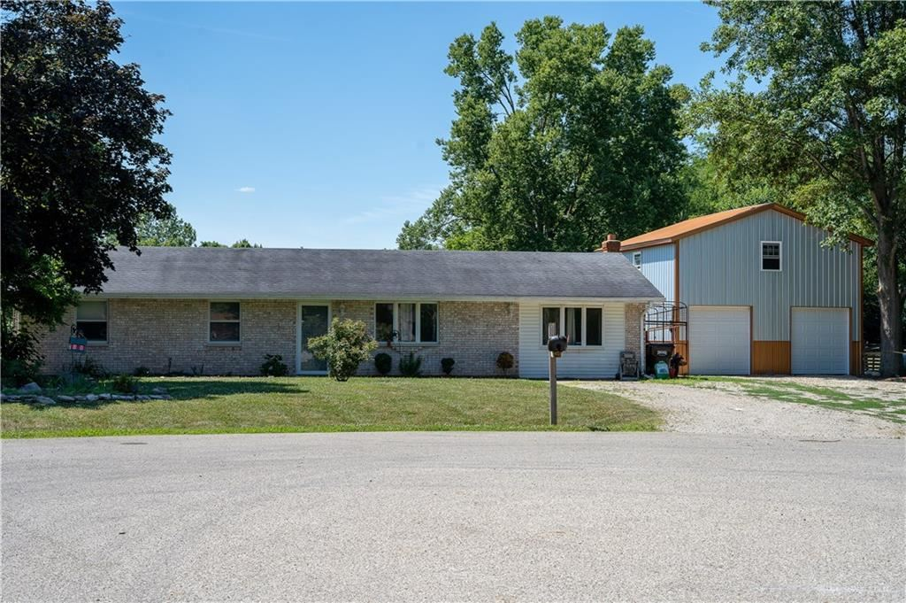 Photo for 5092 Boone Drive, West Alexandria, OH 45381 (MLS # 821760)
