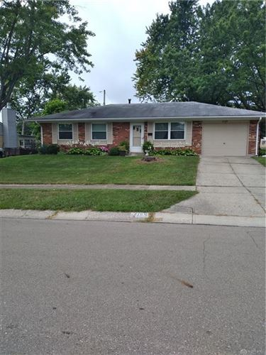 Photo of 7159 Chatlake Drive, Huber Heights, OH 45424 (MLS # 826772)