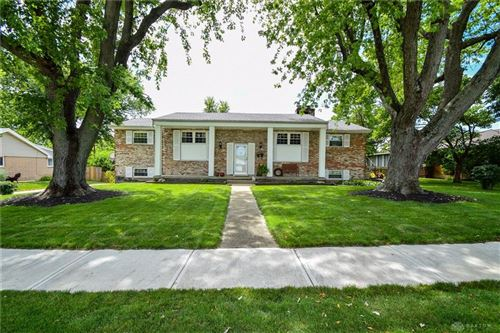 Photo of 306 Grantham Drive, Englewood, OH 45322 (MLS # 822778)