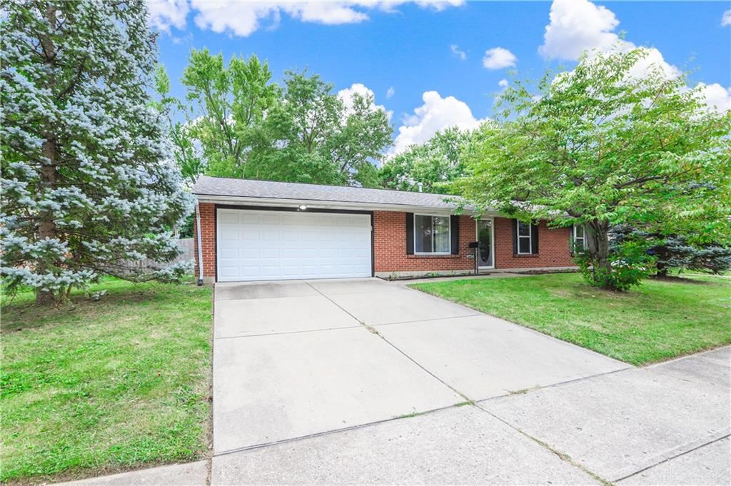 Photo for 6750 Summerdale Drive, Huber Heights, OH 45424 (MLS # 826792)