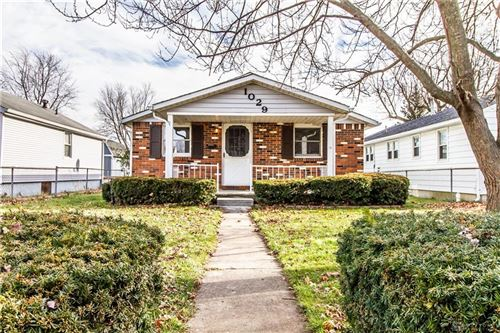Photo of 1029 Gray Avenue, Greenville Township, OH 45331 (MLS # 831808)