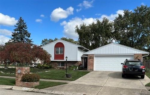 Photo of 8930 Swinging Gate Drive, Huber Heights, OH 45424 (MLS # 851816)