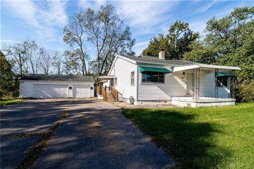 Photo of 3714 Paris Drive, Moraine, OH 45439 (MLS # 851838)