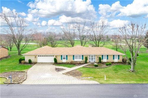 Photo of 6479 Fairway Court, Greenville Township, OH 45331 (MLS # 812840)