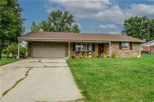 Photo of 200 Linwood Drive, Greenville, OH 45331 (MLS # 850858)