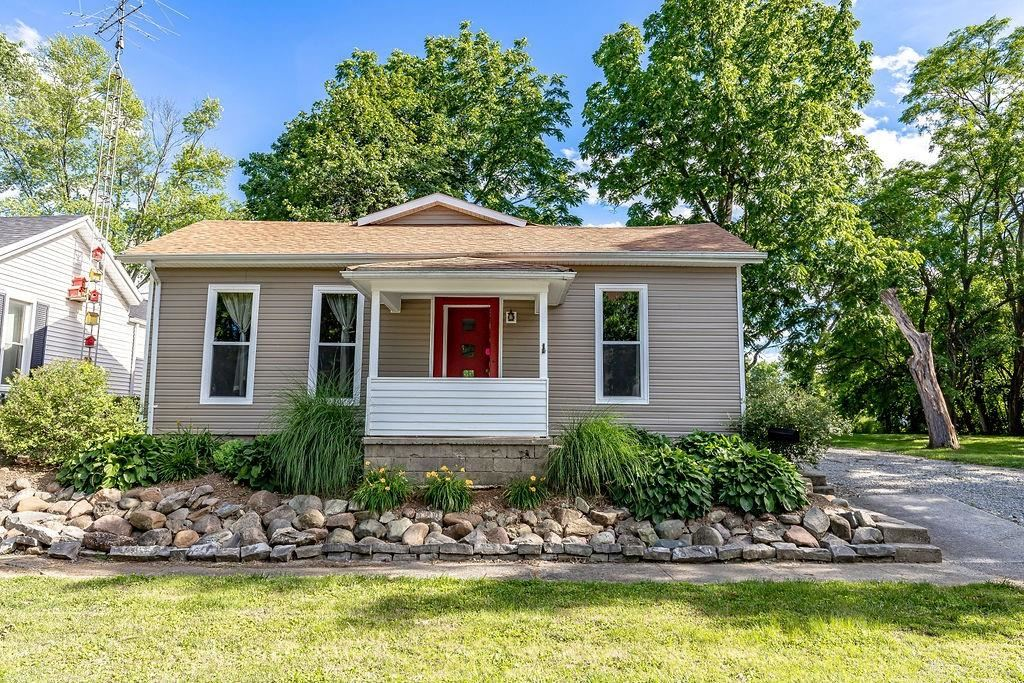 Photo for 721 Decatur Street, Eaton, OH 45320 (MLS # 842858)