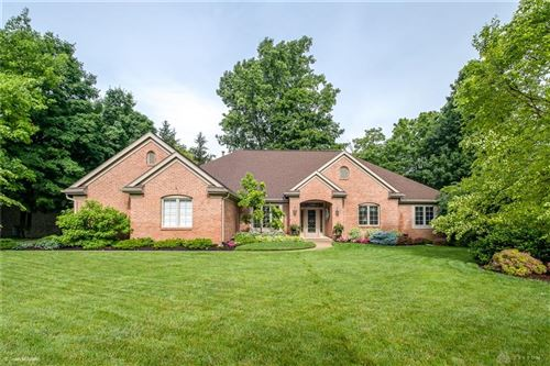 Photo of 6957 Vienna Woods Trail, Miami Township, OH 45459 (MLS # 841863)