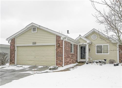 Photo of 1740 Yardley Circle, Centerville, OH 45459 (MLS # 806902)