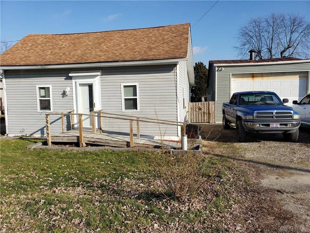 Photo for 10298 Freemont Street, Lewisburg, OH 45338 (MLS # 808911)