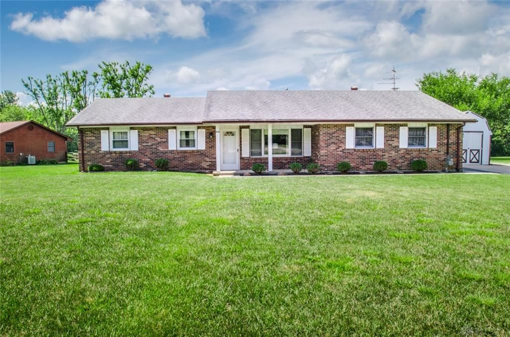 Photo for 179 Valhalla Drive, Eaton, OH 45320 (MLS # 822918)