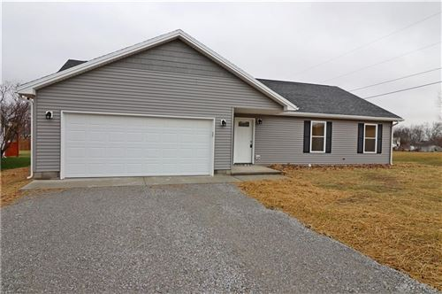 Photo of 587 Skodborg Road, Eaton, OH 45320 (MLS # 806921)