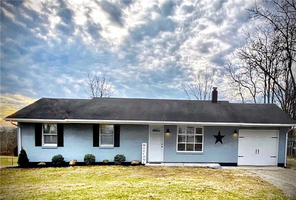 Photo for 10955 Preble County Line Road, Gratis Township, OH 45042 (MLS # 809939)