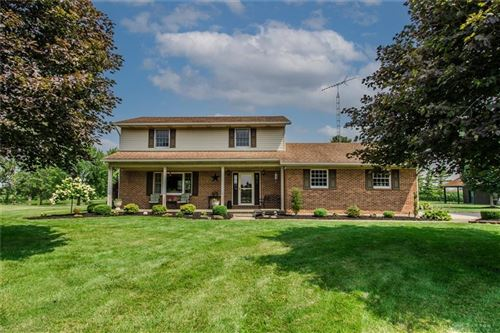 Photo of 5648 Hogpath Road, Greenville, OH 45331 (MLS # 850958)