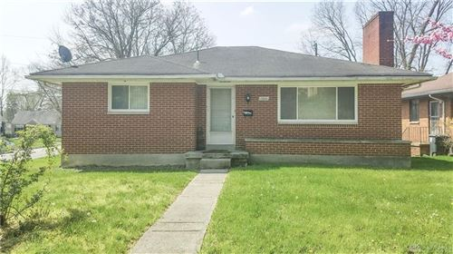Photo of 2800 Oxford Avenue, Dayton, OH 45406 (MLS # 822965)