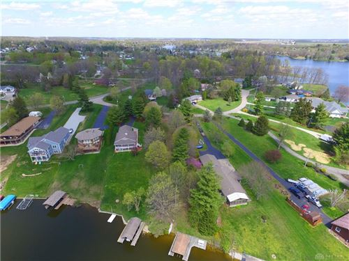 Photo of 226 Plunder Cove, Eaton, OH 45320 (MLS # 837966)