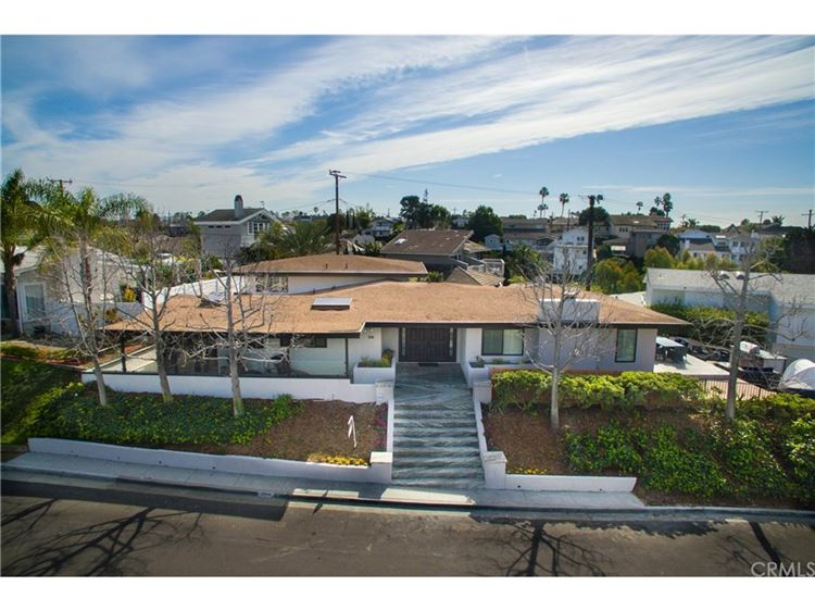 Photo for 3013 Sunny St, Newport Beach, CA 92663 (MLS # 8790013)
