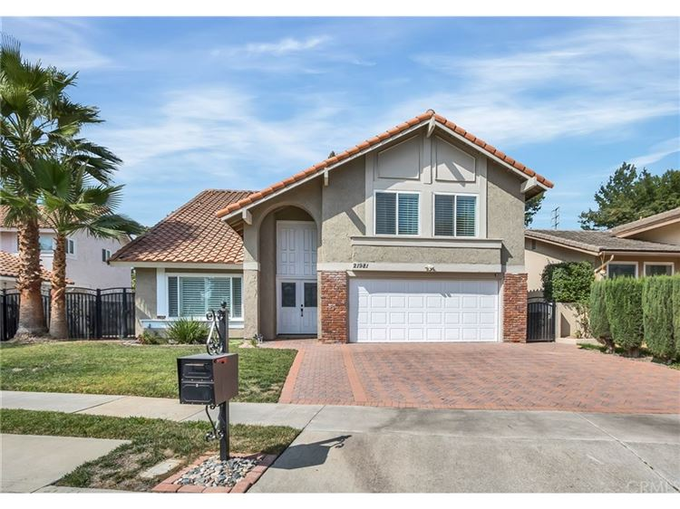 Photo for 7618 Sunny St, Lake Forest, CA 92630 (MLS # 8767618)