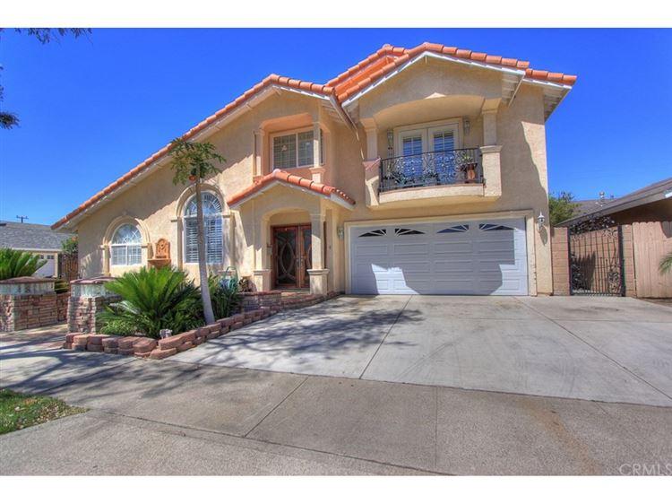 Photo for 2803 Sunny St, Huntington Beach, CA 92647 (MLS # 8752803)