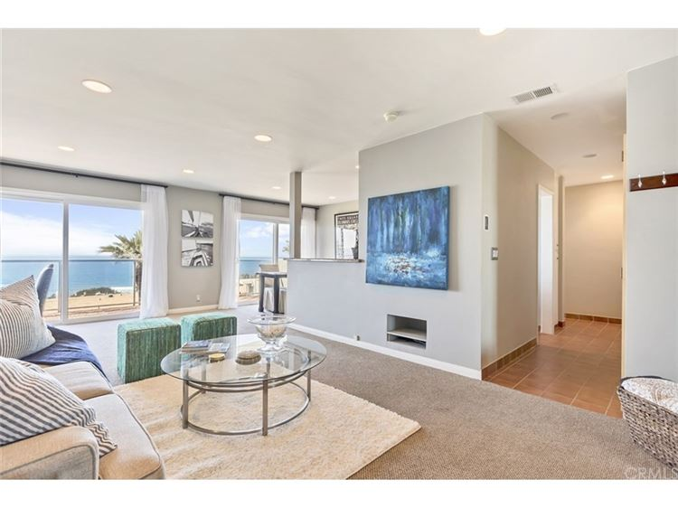 Photo for 9952 Sunny St, Laguna Beach, CA 92651 (MLS # 8739952)