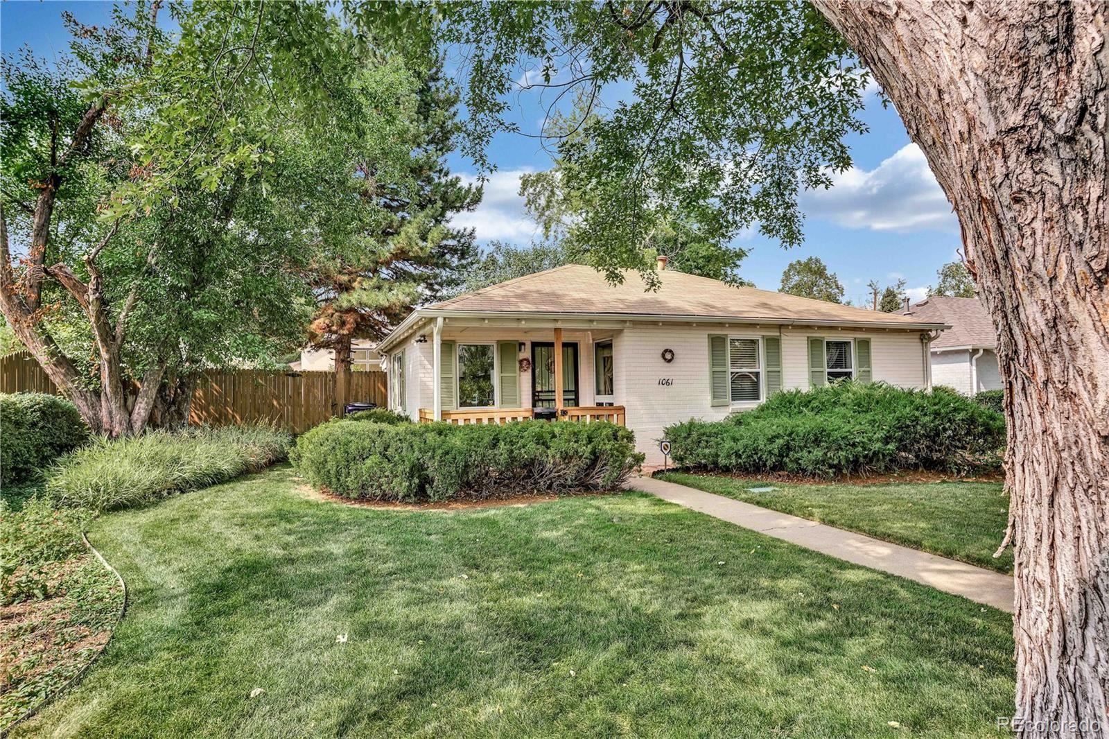 1061 Leyden Street, Denver, CO 80220 - #: 8900100