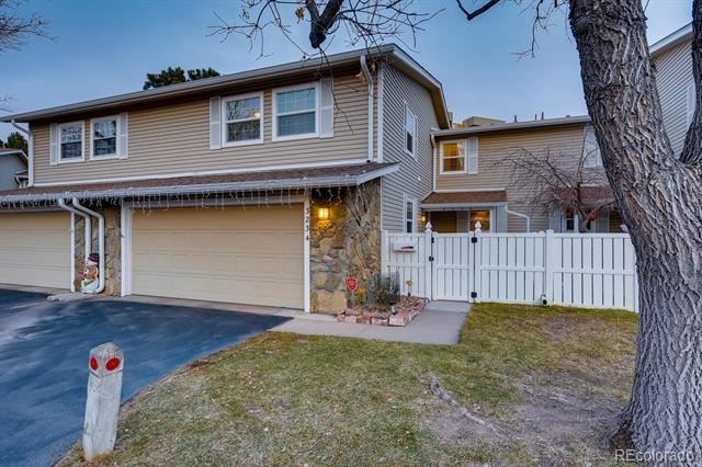 3234 S Heather Gardens Way, Aurora, CO 80014 - #: 1796324