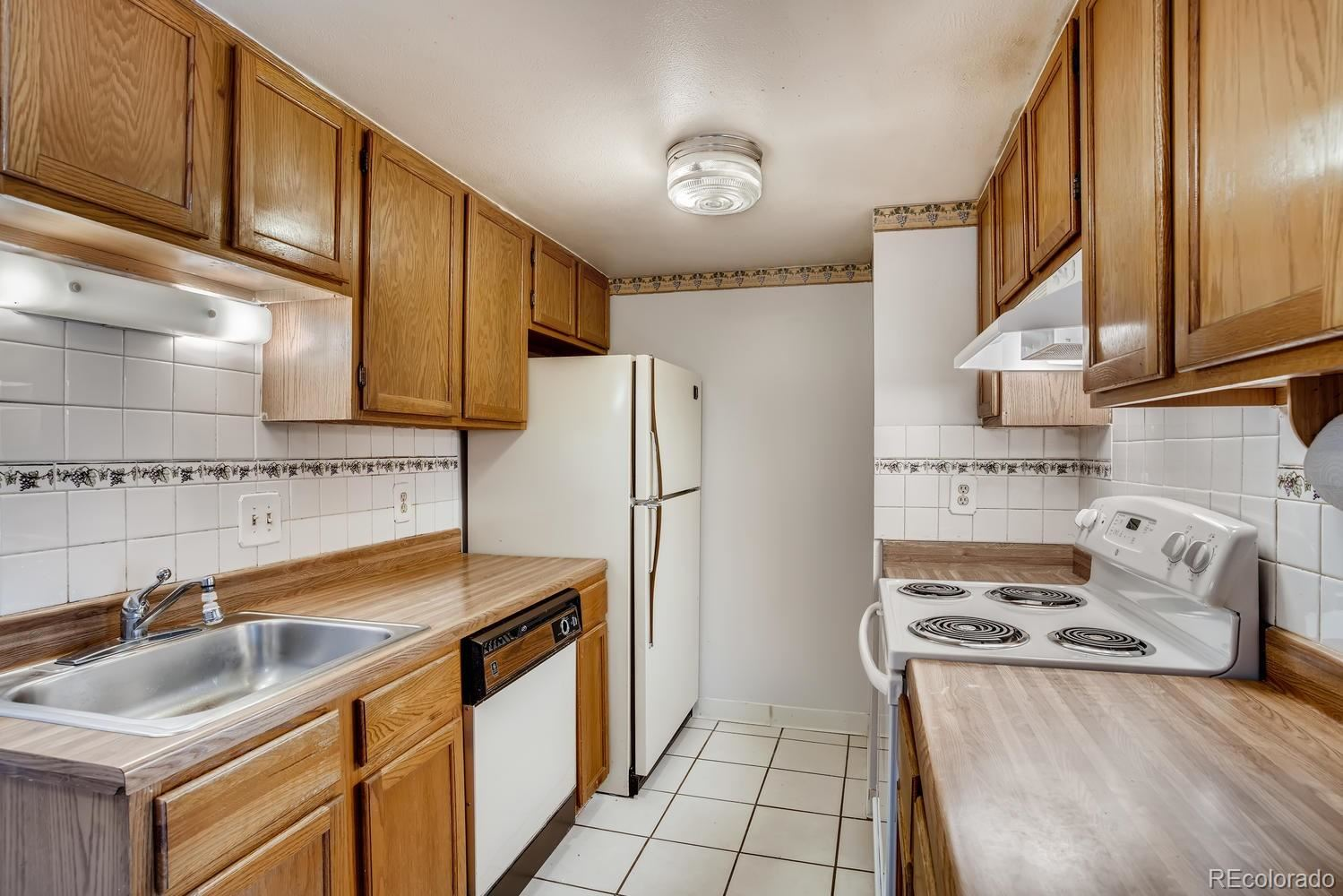 1358 S Irving Street #18, Denver, CO 80219 - #: 2721406