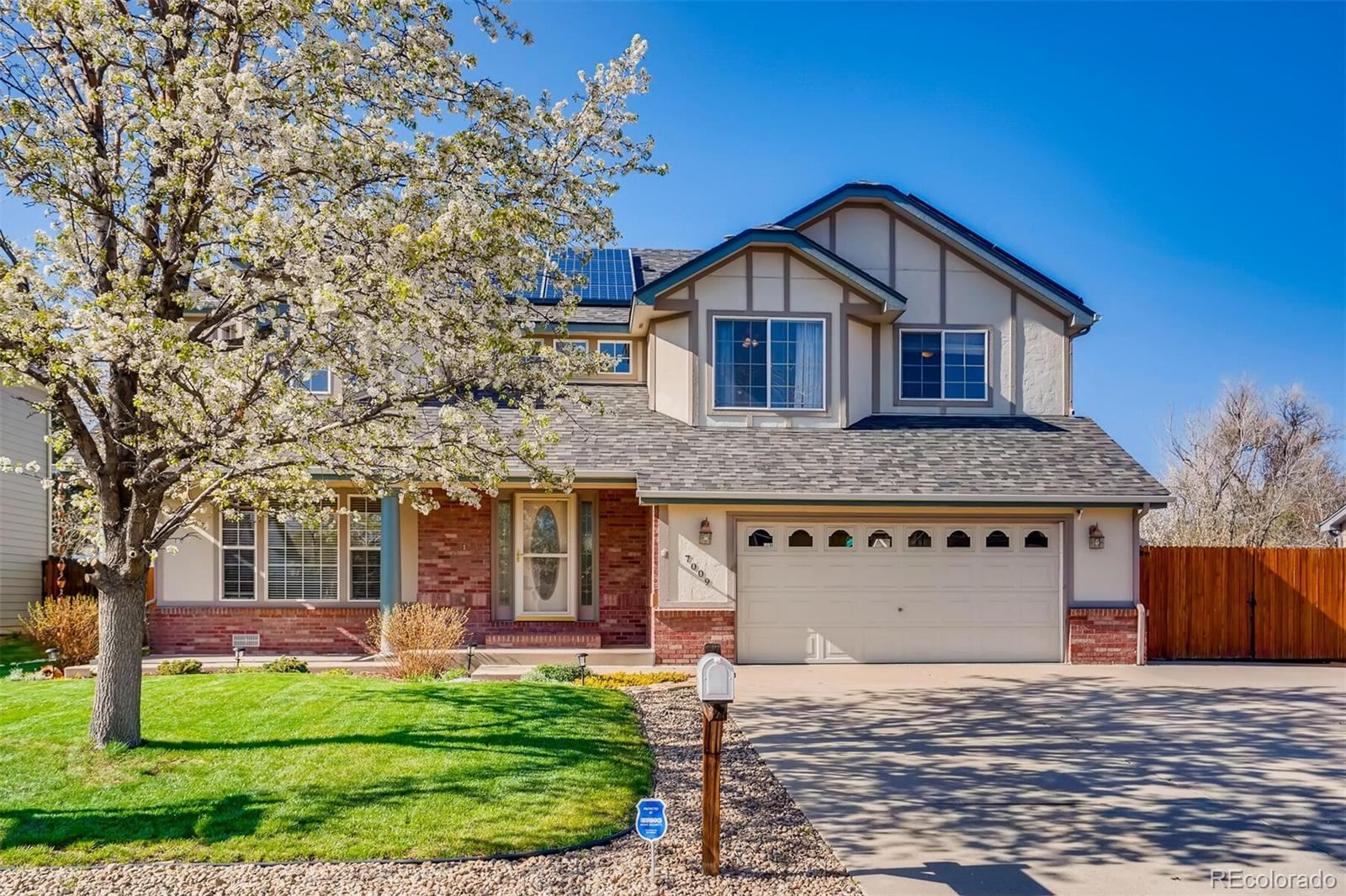 Photo of 7009 W 25th Place, Lakewood, CO 80214 (MLS # 7093473)