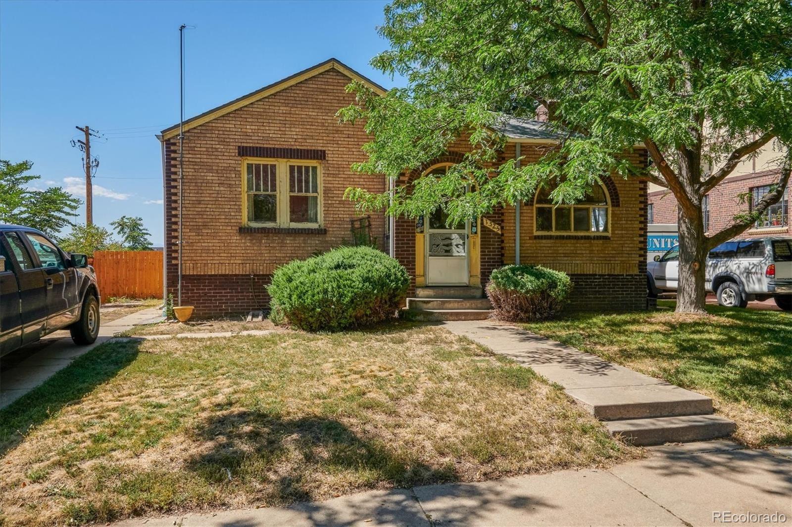 Photo of 1525 Jasmine Street, Denver, CO 80220 (MLS # 6360594)