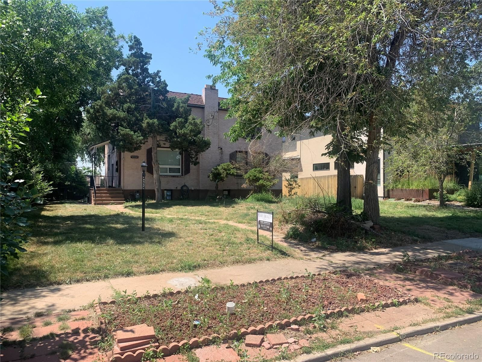 Photo of 4554 W Moncrieff Place, Denver, CO 80212 (MLS # 6379596)