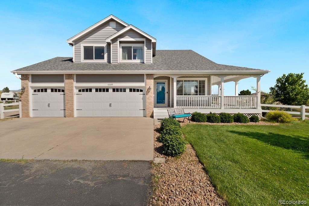 Photo of 41489 Golden Field Circle, Parker, CO 80138 (MLS # 9838620)