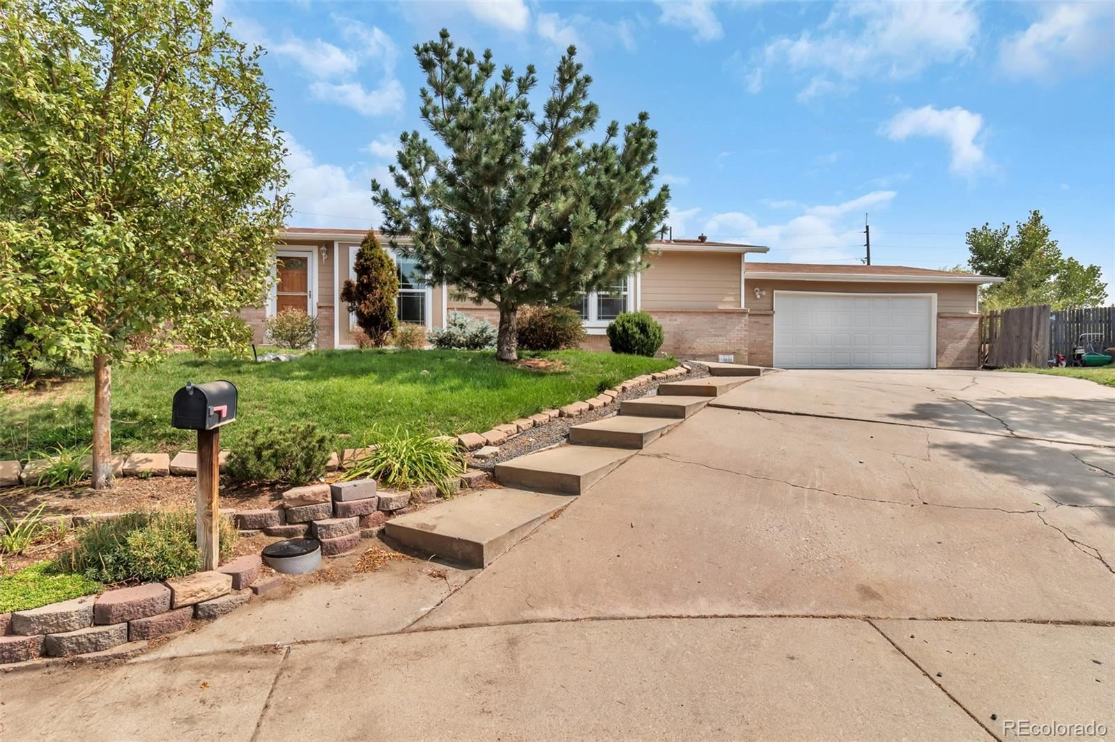 14394 E 24th Avenue, Aurora, CO 80011 - MLS#: 2296830