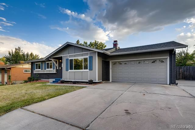 Photo of 921 South Taft Street, Lakewood, CO 80228 (MLS # 4951861)